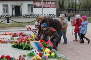 Возложение цветов гр.Лесовичек